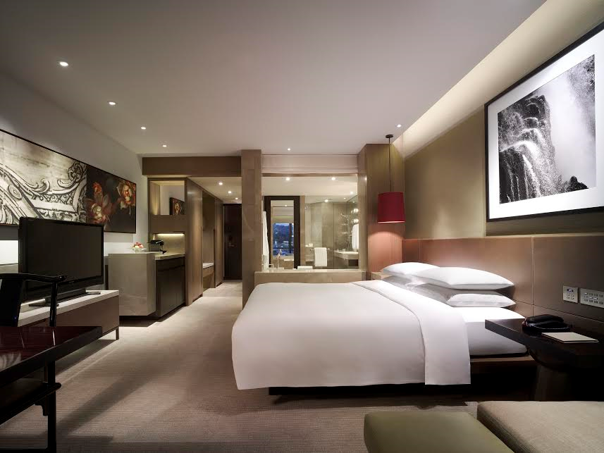 Grand hyatt hong kong exclusive rates to cancham members for Canadian chambre of commerce